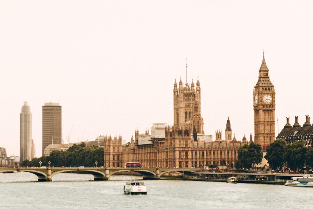 Türkiye'den İngiltere'ye Ev Taşıma